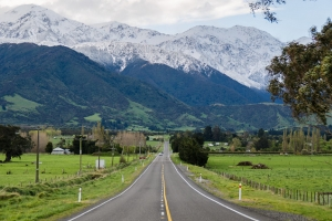 Long road in to Kaikoura, New Zealand