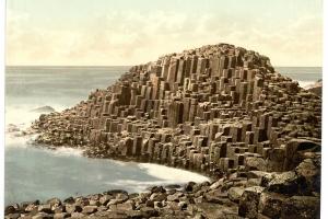 The Honeycombs, Giant's Causeway. County Antrim, Ireland-LCCN2002717357