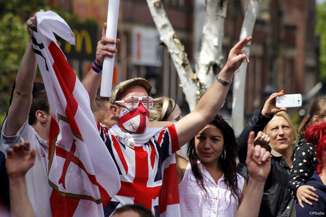 EDL English Defence League and counter protestors UAF United Against Fascism Demo Rotherham May 10th 2014 (25)