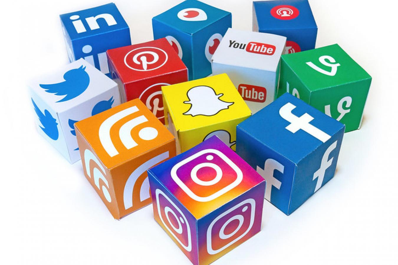 Social Media Mix 3D Icons - Mix #1