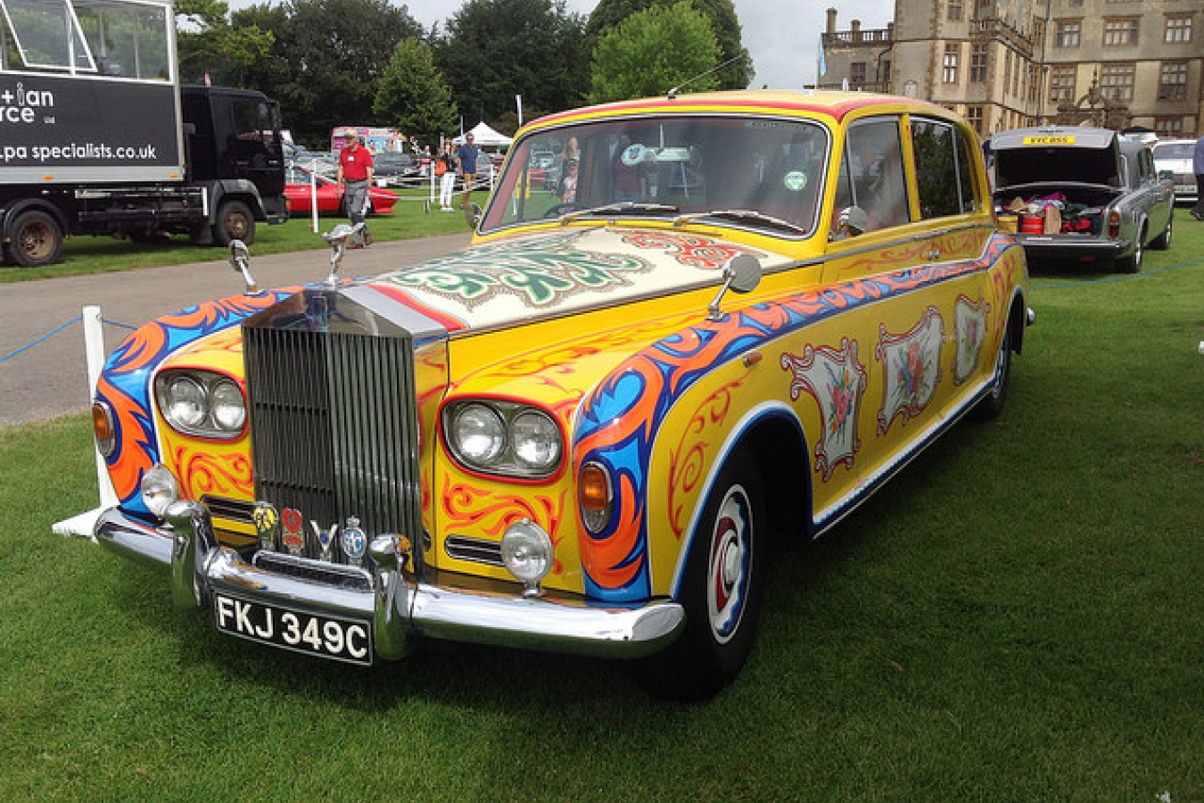 Rolls-Royce Phantom V (1965) Replica of John Lennon's car - Now a BMW subsidiary