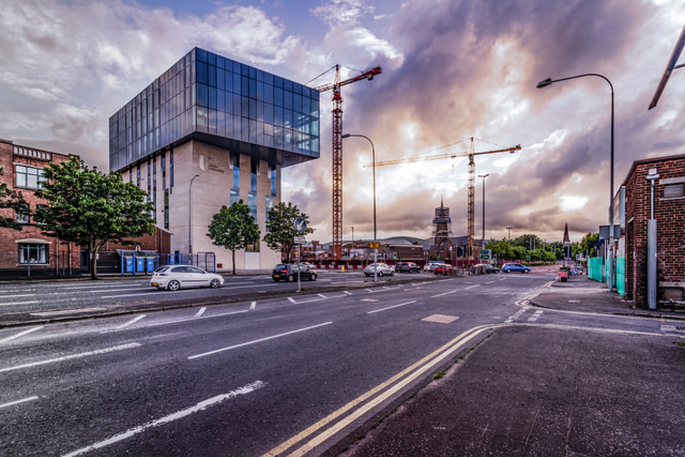 ULTRA WIDE ANGLE VIEW OF THE UNIVERSITY OF ULSTER BELFAST CAMPUS [ YORK STREET ]-125076
