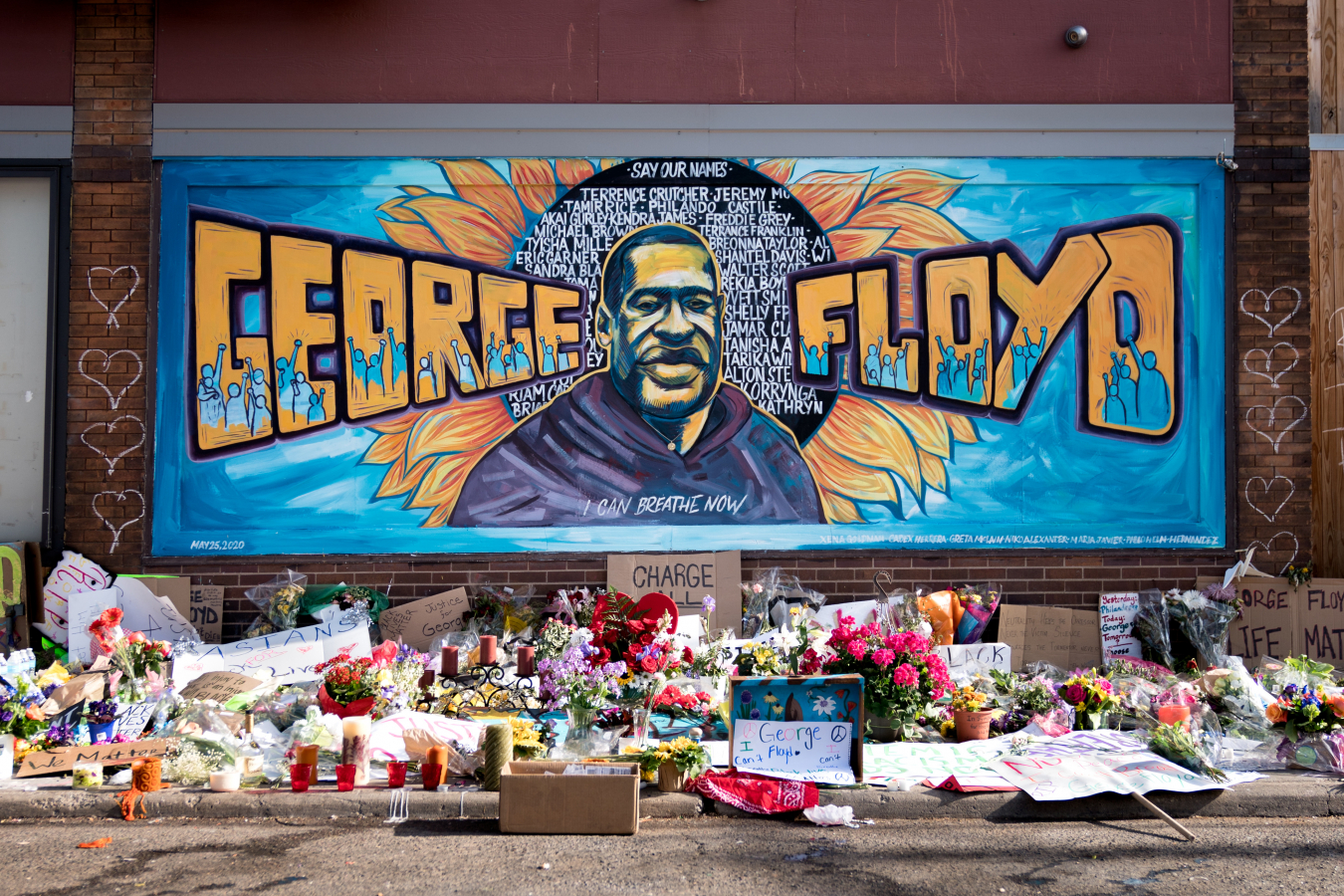 The George Floyd mural outside Cup Foods at Chicago Ave and E 38th St in Minneapolis, Minnesota